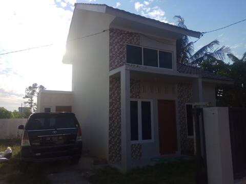 Strategic house near el tari kupang airport