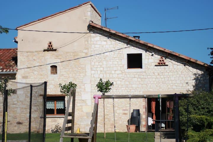 maison en pierre - Virac - Hus