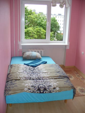 Room close to center and airport - Tallín - Bed & Breakfast