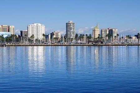 BEST Downtown Loft on the Beach! - Long Beach