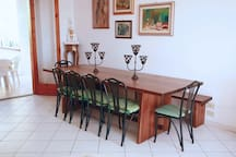 Long dining table for 10+ guests