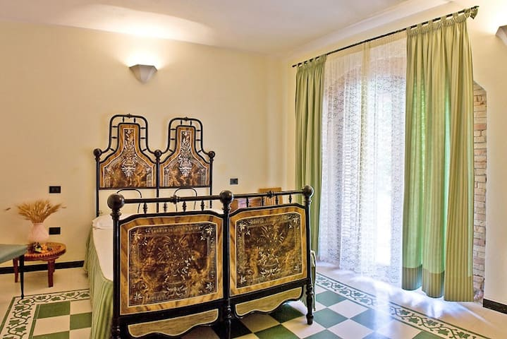 Corte Arrubia Bed & Breakfast - Suite Room - Monastir