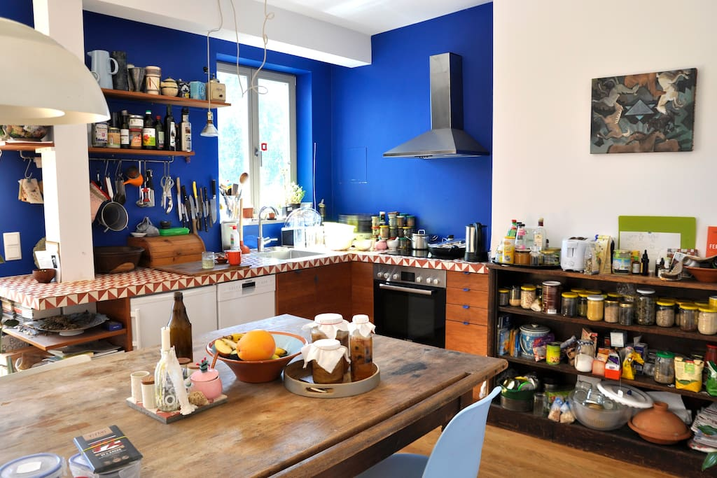 offene Wohnküche, gut ausgestattet - well equipped  kitchen, open to the living room