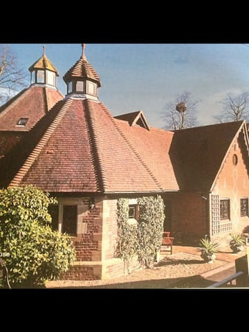 Impressive Grade II Listed house - Leigh - Ev