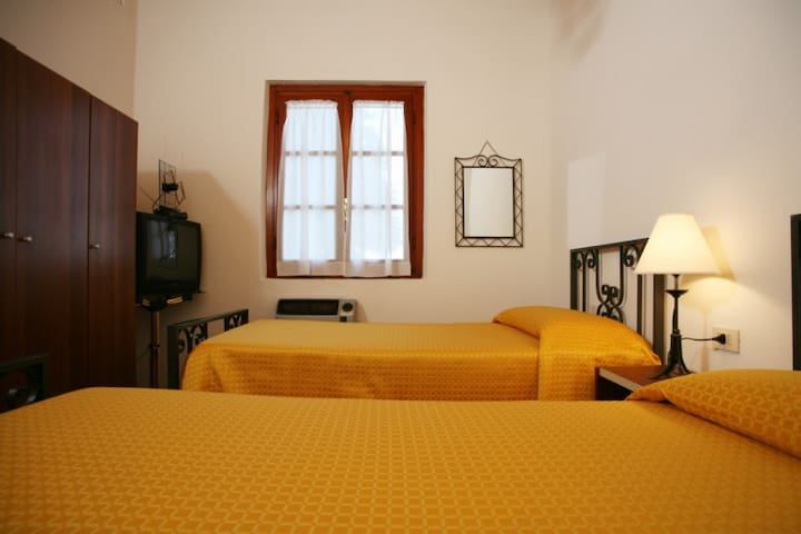 Il rifugio degli angeli camera 4 - Quarrata - Bed & Breakfast
