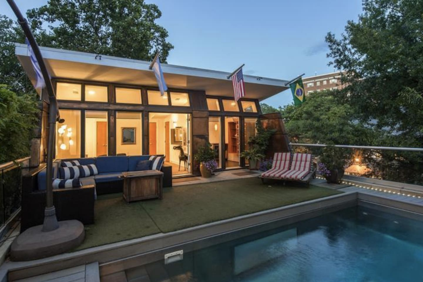 Celebrity Mansion NOT FOR EVENTS - Houses for Rent in Washington, District  of Columbia, United States
