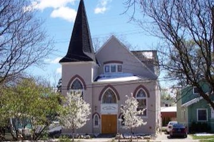 Explore the heart of Ann Arbor while staying in historic Kerrytown church!