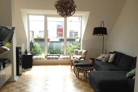 großzügiges Apartement im Szenekiez