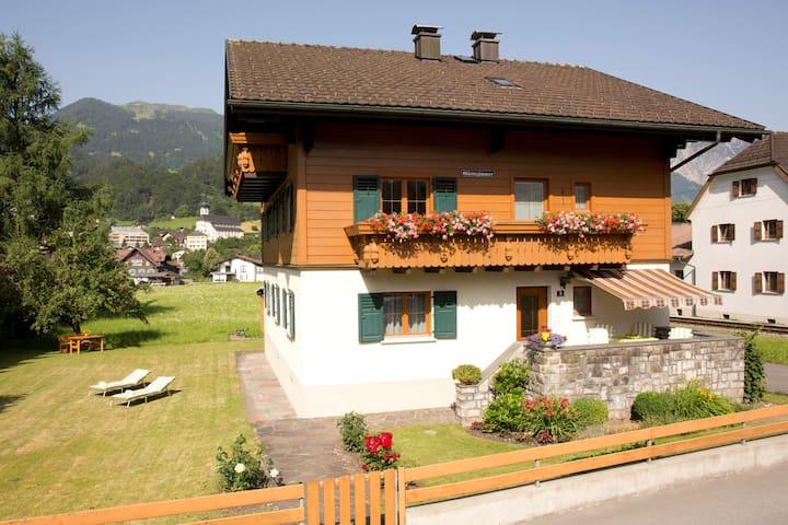 Ferienwohnung mit 2 Schlafzimmern - Schruns - Apartment