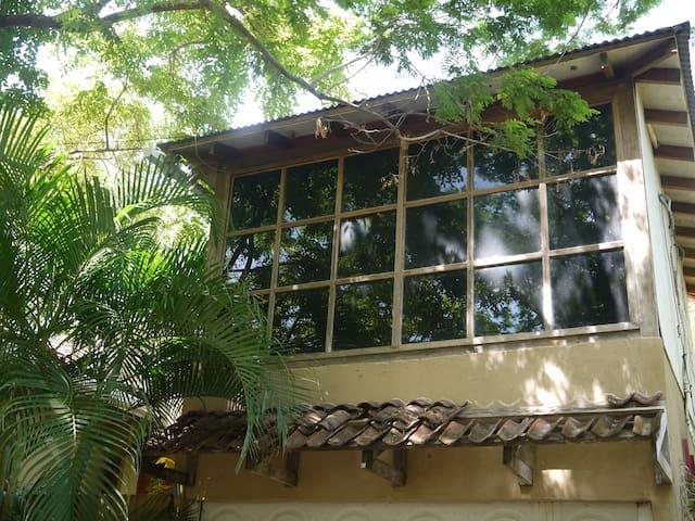 cabaña di legno indipendente Playa Tamarindo - Tamarindo - Appartement