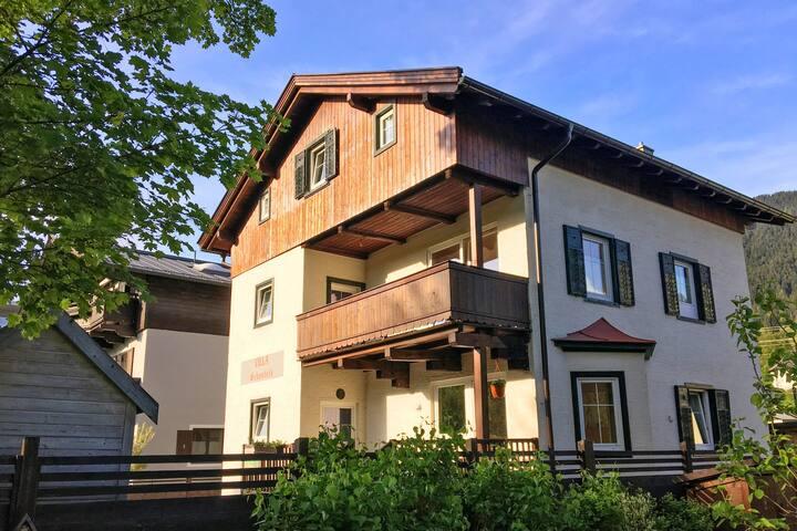 Moderno Appartamento a Kitzbuhel con Barbecue