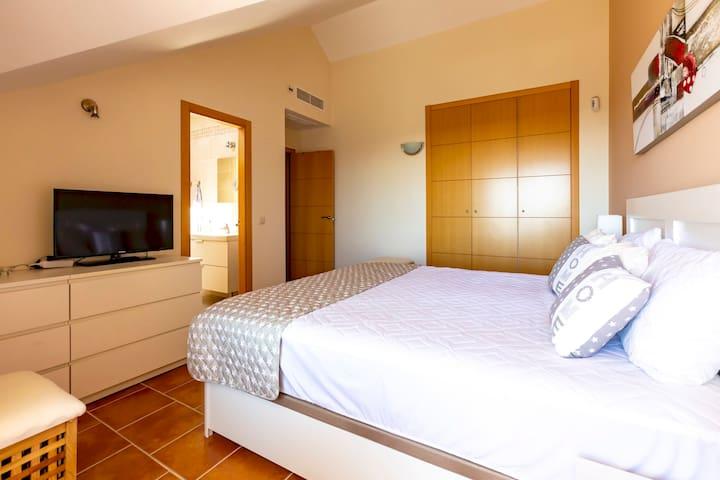 Los Cortijos Luxury 3 Bedroom Duplex Penthouse