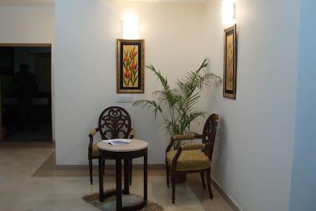 Raheja Atlantis A01 - Gurgaon - Wohnung
