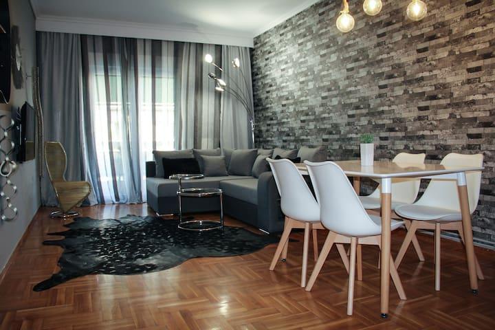 Μοντέρνο διαμέρισμα