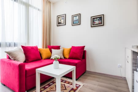 400 Tiny Apartment in Central Tbilisi with Terrace