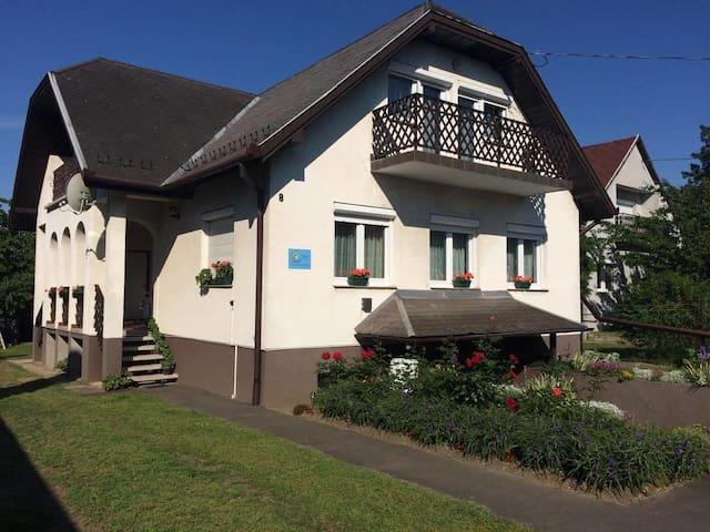 Talabér Vendégház - Vonyarcvashegy - Dům pro hosty