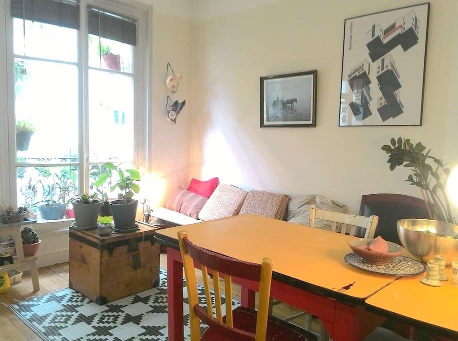 mignon appartement paris 12 me appartamenti in affitto a parigi le de france francia. Black Bedroom Furniture Sets. Home Design Ideas