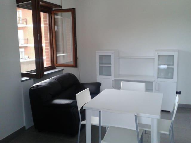APARTMENT NEAR ALBA AND BRA - Santa Vittoria d'Alba - Carnevale - Apto. en complejo residencial