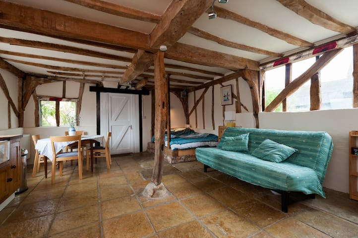 Beautiful 15th Century barn - Colchester - Casa