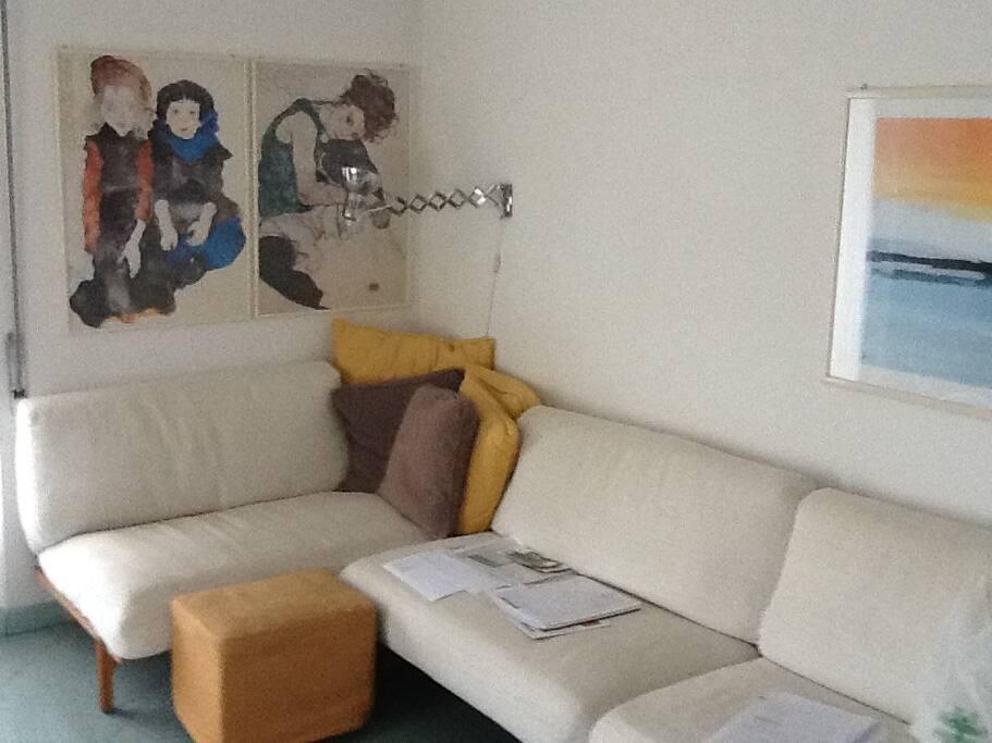 Accogliente e luminoso appartamento e posto auto - Posto con molti specchi ...
