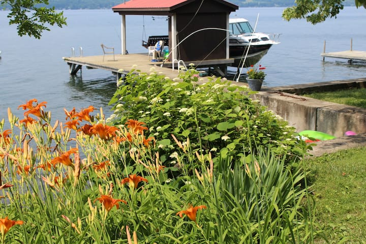 Camp Colden, Cayuga Lake Cottage - King Ferry - Srub