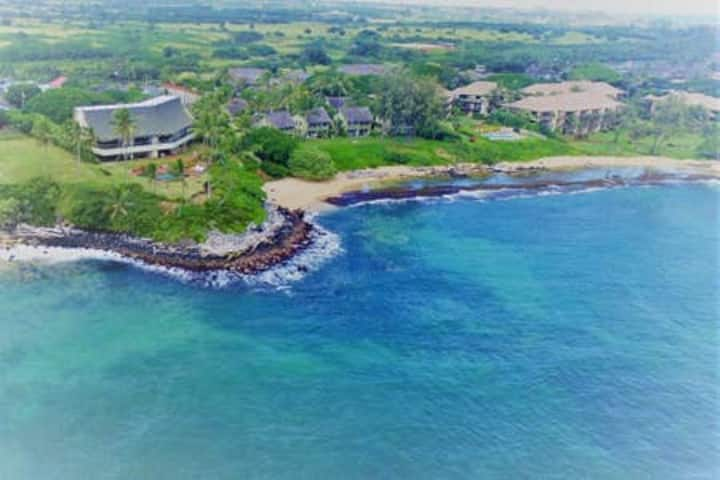 Aloha Manor, Gated Elegant Ocean Front Living