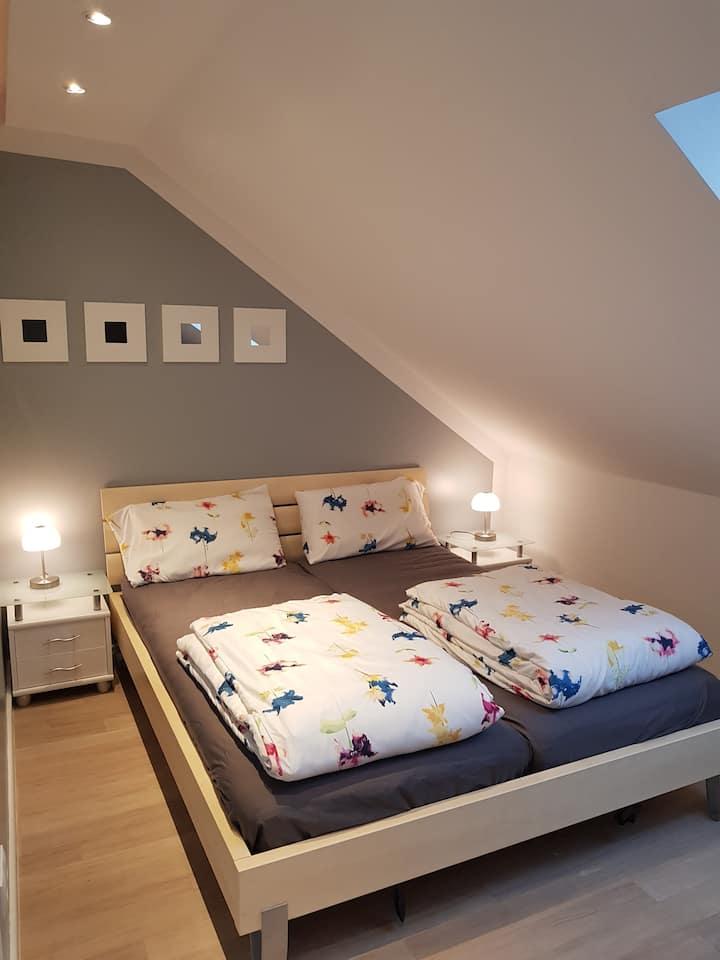 DG-Zimmer nahe Schwetzingen, Heidelberg, Speyer