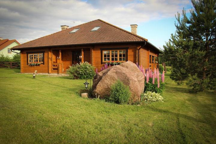 Modern log home with sauna 5 km from Tallinn