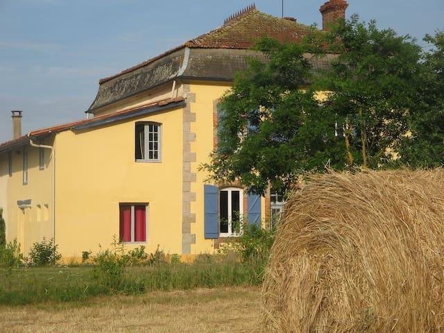 Chambre d'hôte proche de Marciac - Arrondissement of Mirande