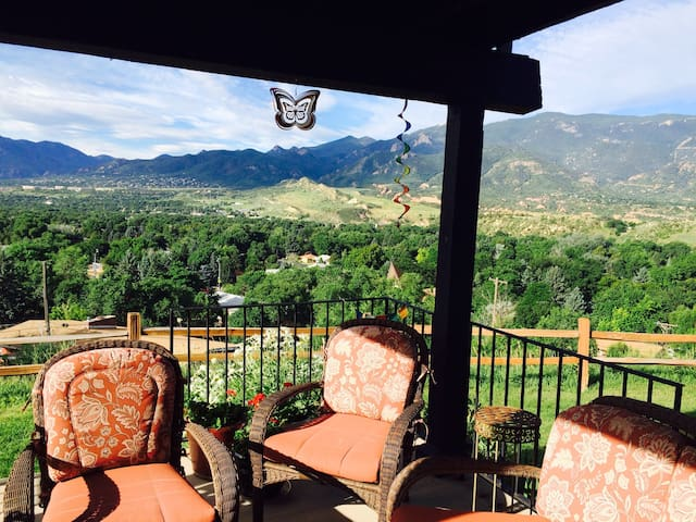 Amazing mountain view, 2br NW - Colorado Springs - Condominio