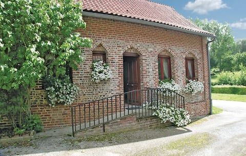 Holiday cottage with 1 bedroom on 90m² in Embry