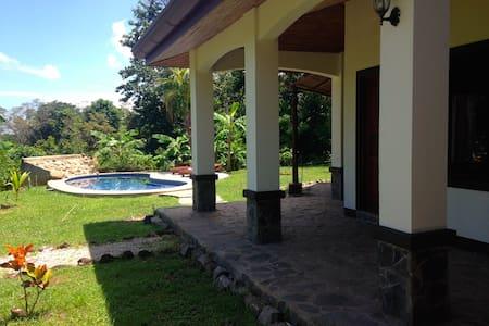 La Casa de Marilyn_room Ciel - Puerto Viejo