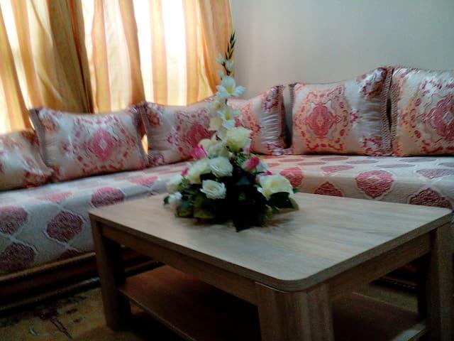 Très joli studio ,calme,proximité avenue Hassan2
