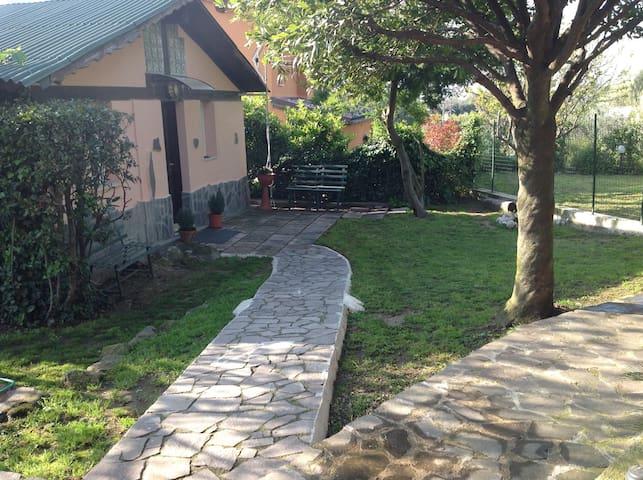 separate annexe in farmhouse - Castel Gandolfo - Huis