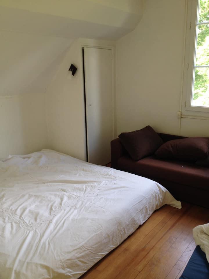 Chambres dans une maison
