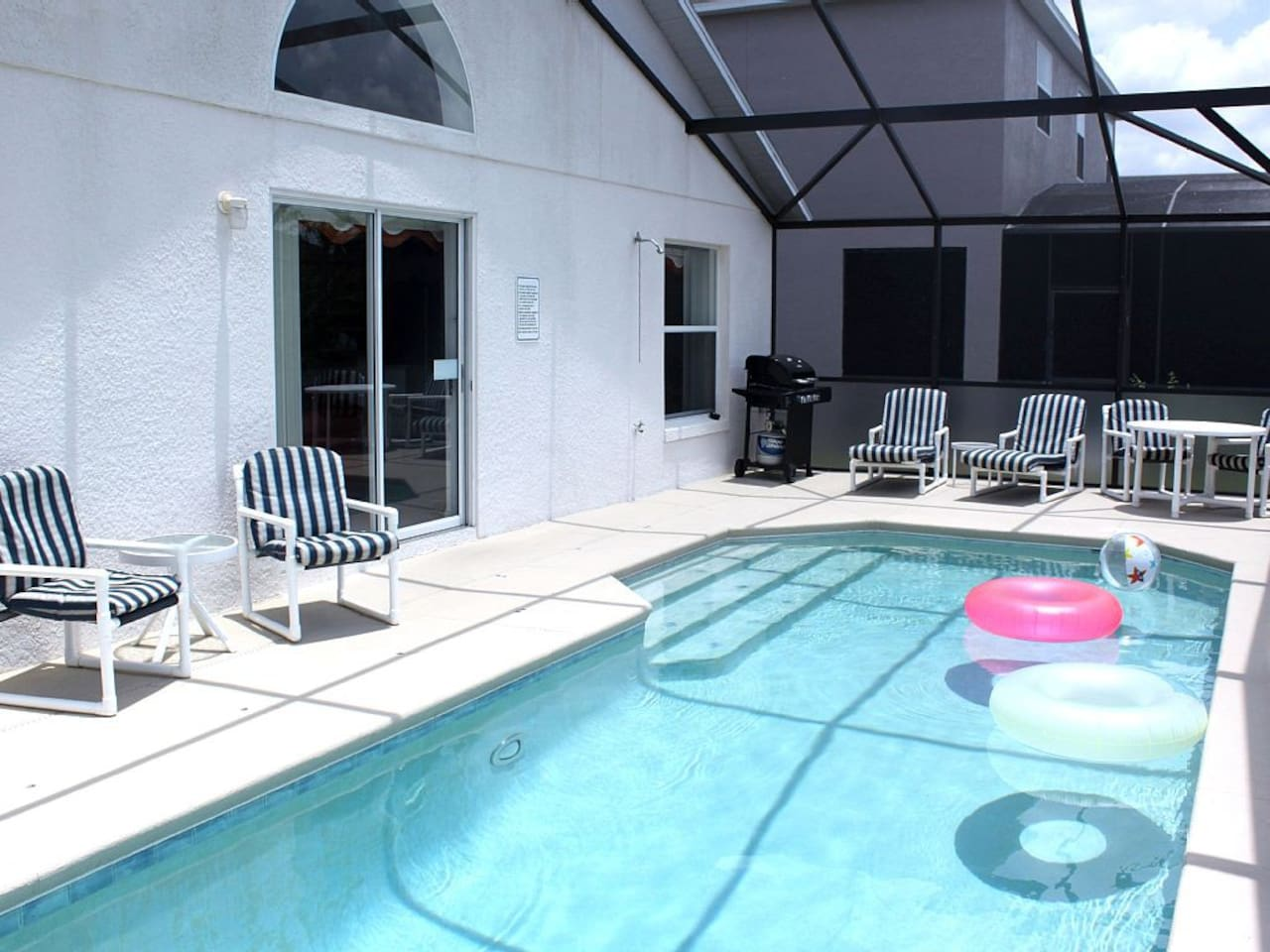 The AWESOME South Facing Pool