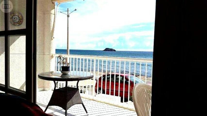 Casa frente al mar, vistas increibles
