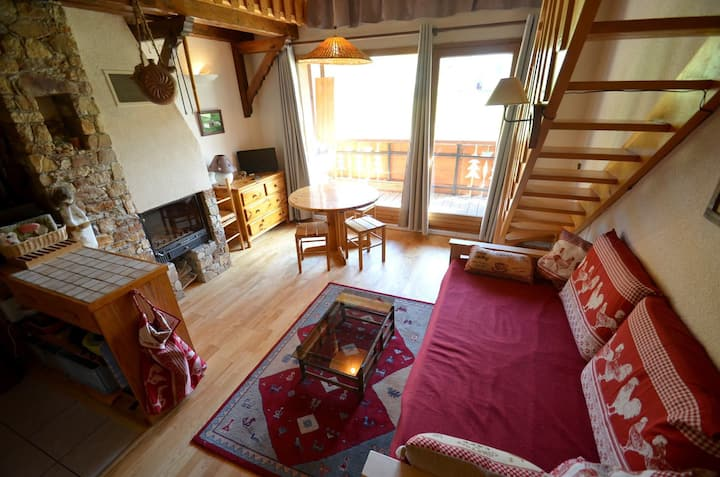 Cosy ski-in / ski-out apartment in the heart of the 3 Valleys