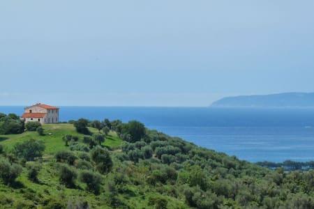 Casale Toscano  Vista strepitosa Golfo  appartamen - Riotorto