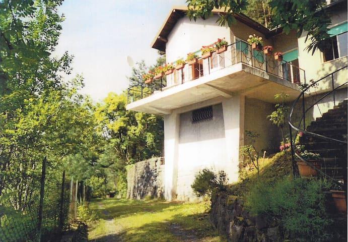 Villa mit traumhafter Aussicht - サンレモ - 別荘