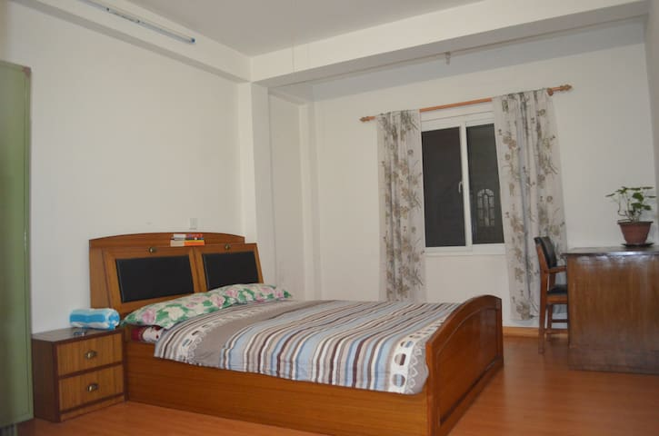 Beautiful Clean Rooms Near Airport - Kathmandu - Haus
