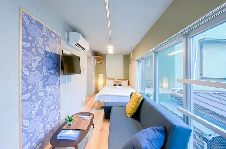 R202 Cozy Apt at Ebisu for 2, Free Wifi!