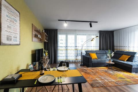 LUXURY AND HARMONIC Apartment with chill TERRACE!