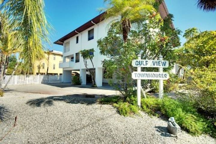 Gulf View Townhomes Unit 4 - Holmes Beach - Townhouse