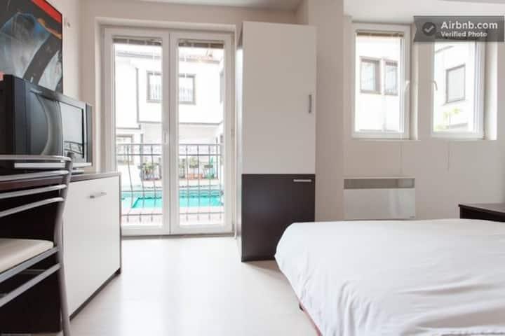 Pop Markov Apartments 4