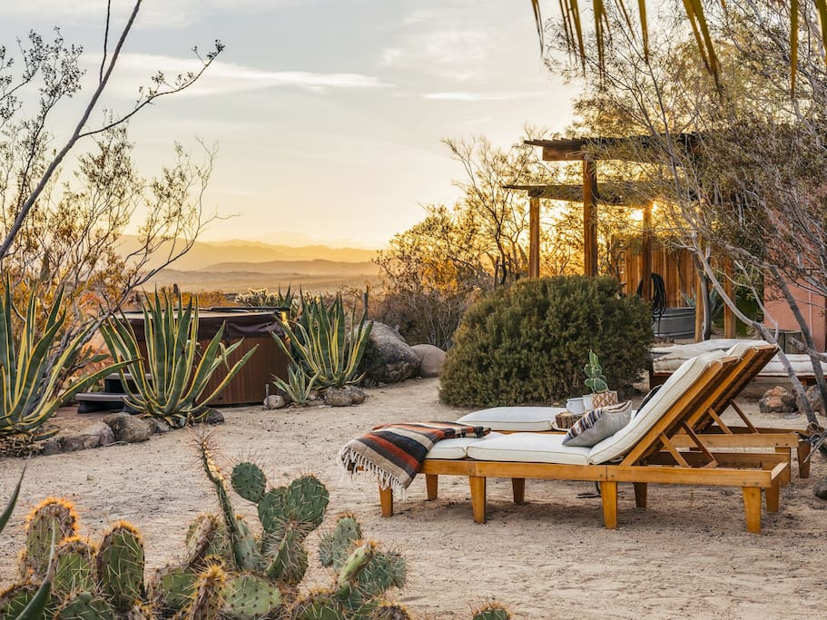 Sunset at the Casita (photo by Lance Gerber for Desert Magazine)