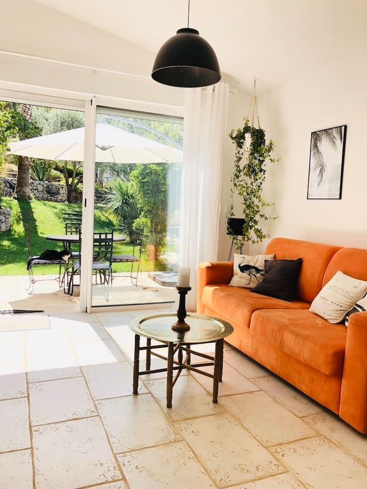 Maison de charme climatisée, piscine et jardin