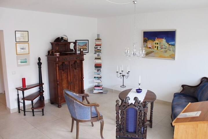 Ideale Wohnung für Messe-Ausrichter u. -Besucher