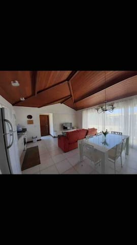 Casa em Búzios de 3 quartos e Suite com Varandão