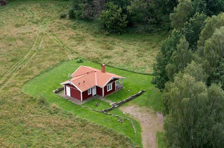 Stuga i lantlig idyll - Falkenberg N - Stuga